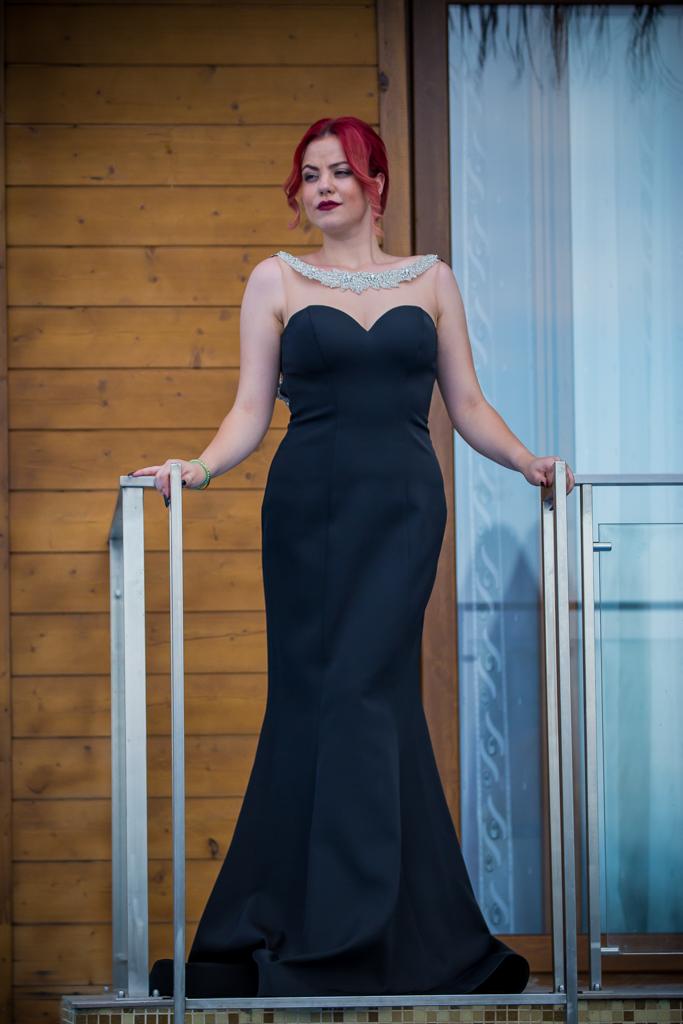 рокля Миа