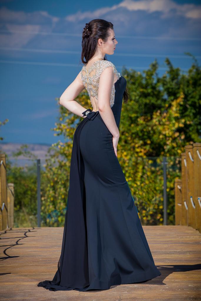 рокля Моли гръб