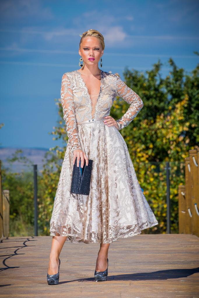 рокля Моника