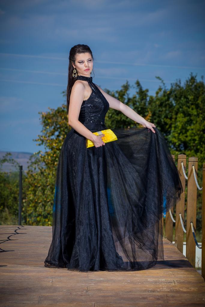 рокля Кристин гръб