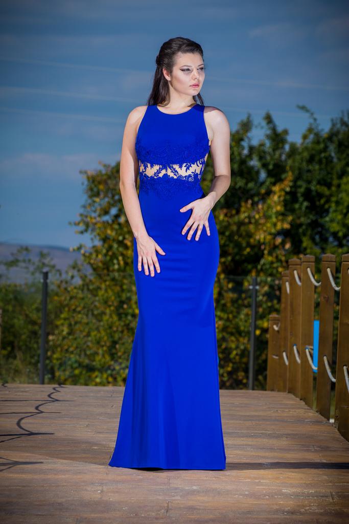 рокля Габриела лице