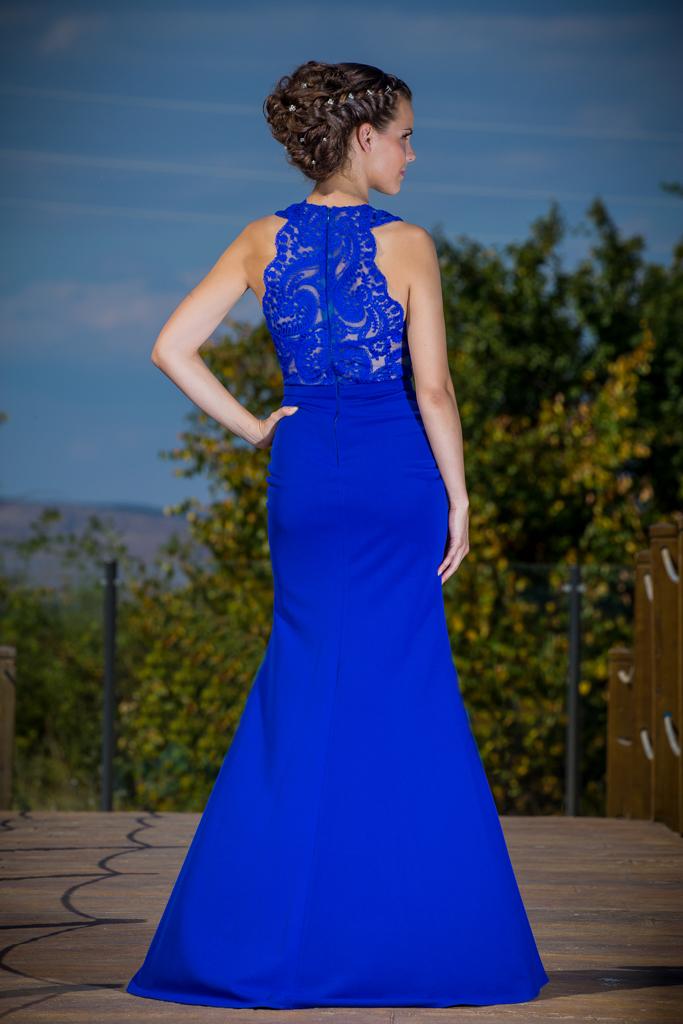 рокля Роза гръб