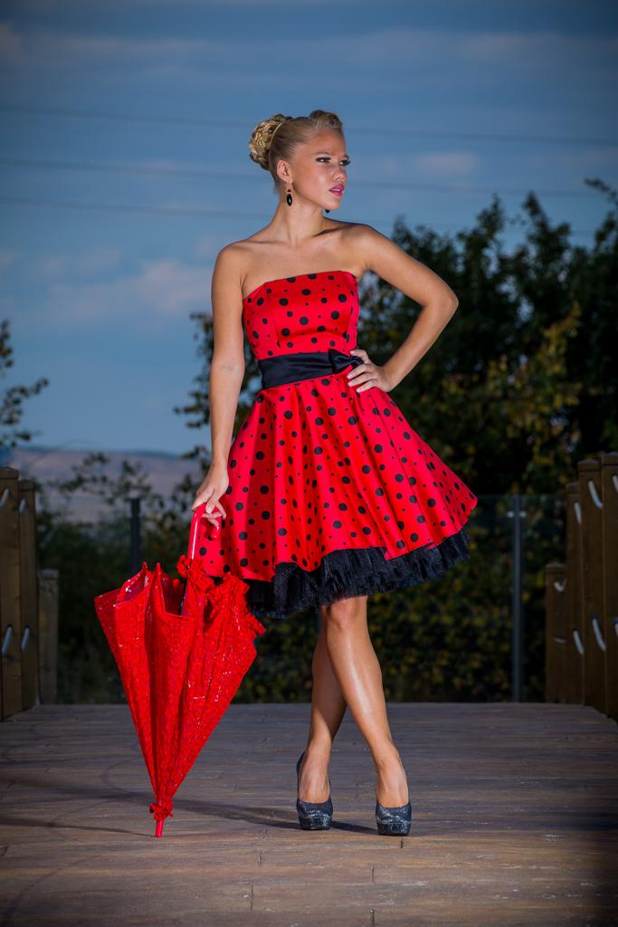 рокля Джулия