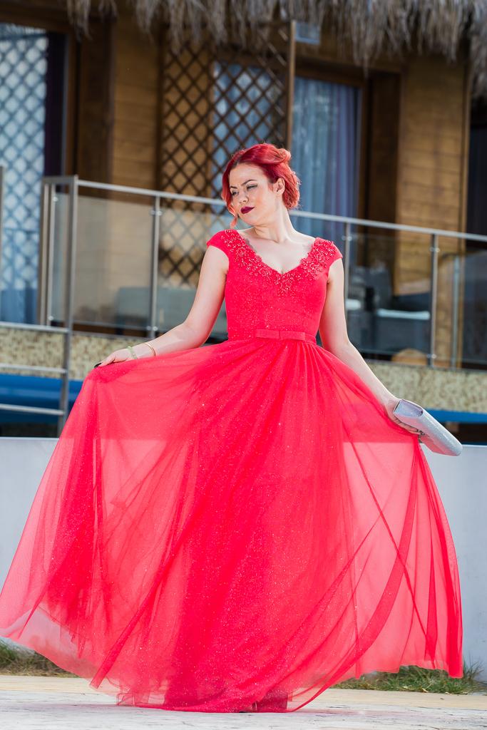 рокля Радостина гръб