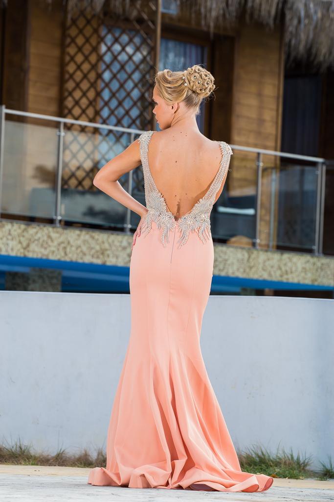 рокля Каолина гръб