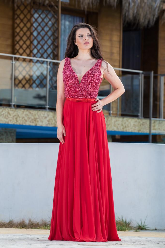 рокля Северина лице