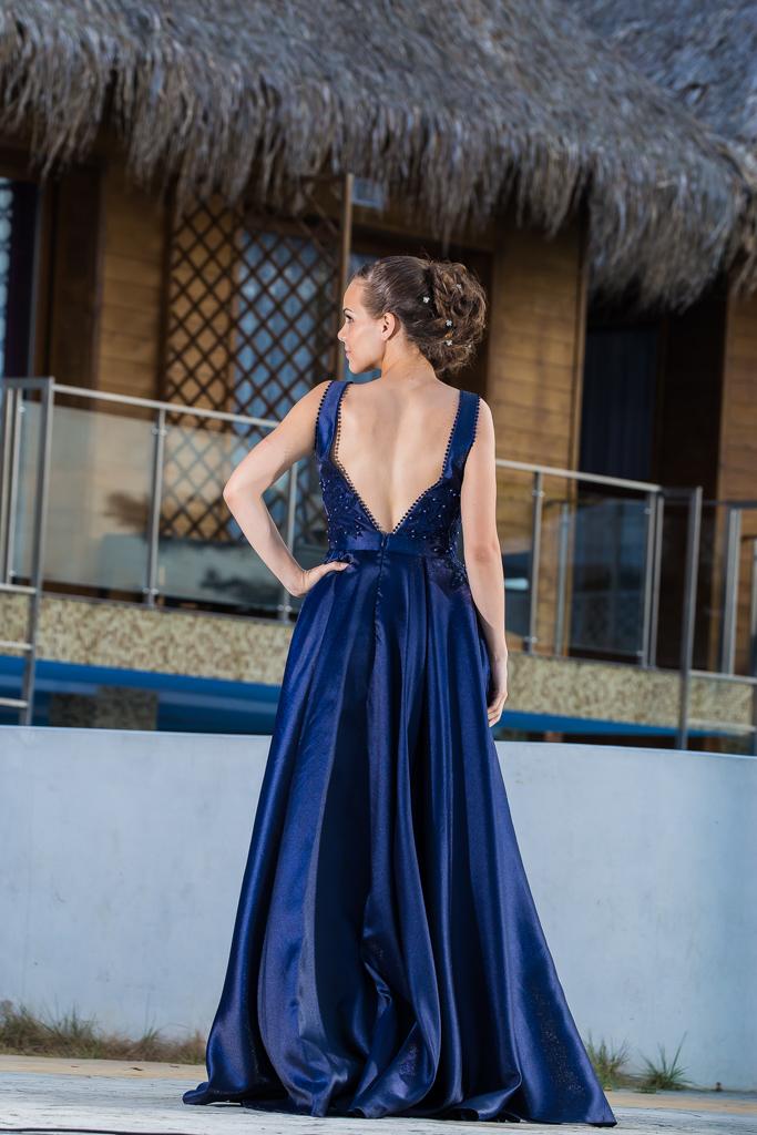 рокля Елица гръб