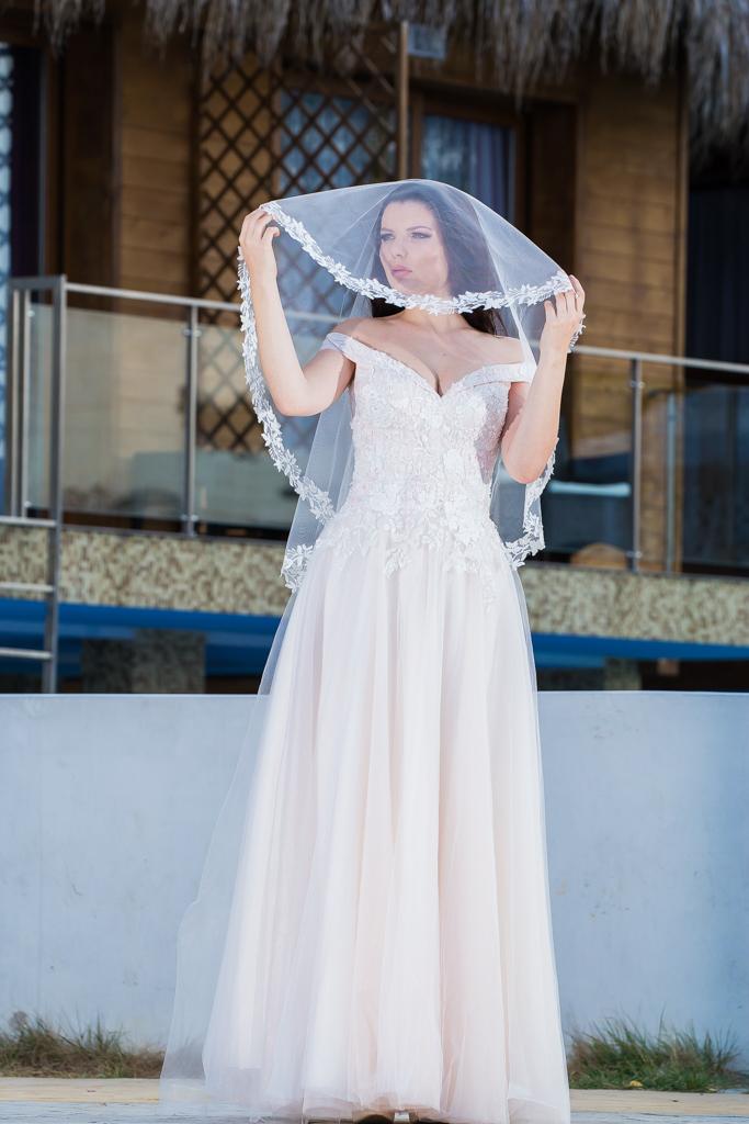 рокля Грета