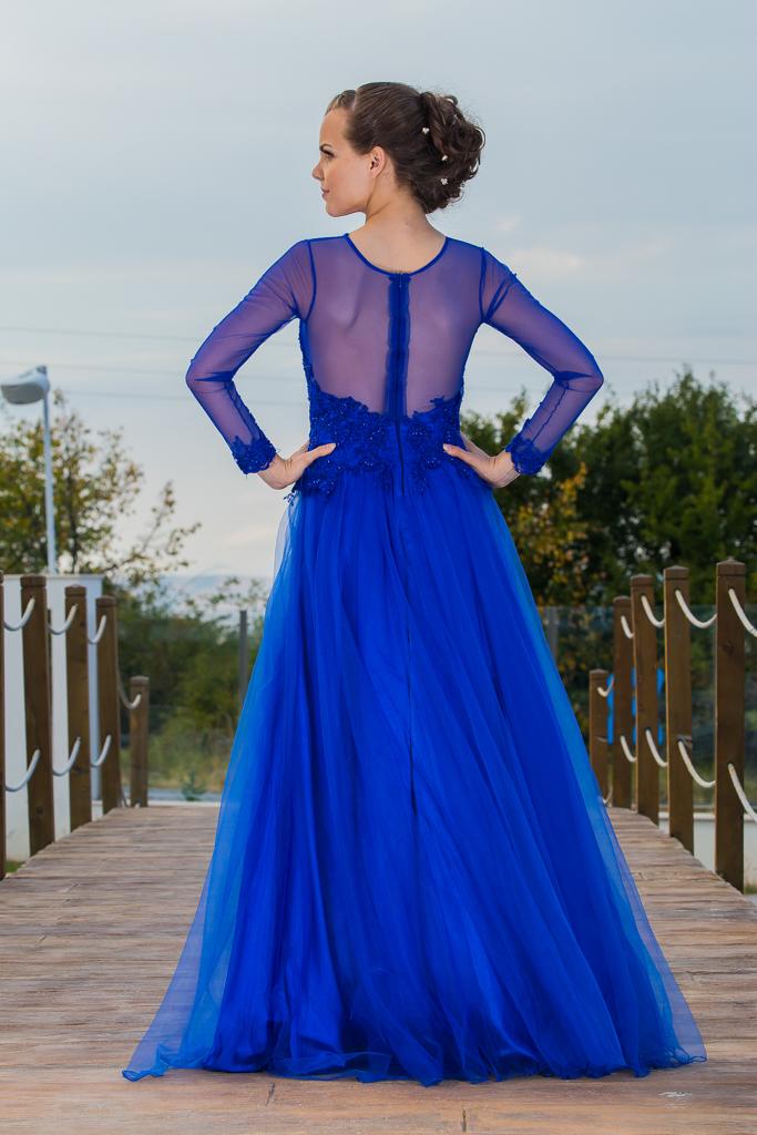 рокля Елизабет гръб