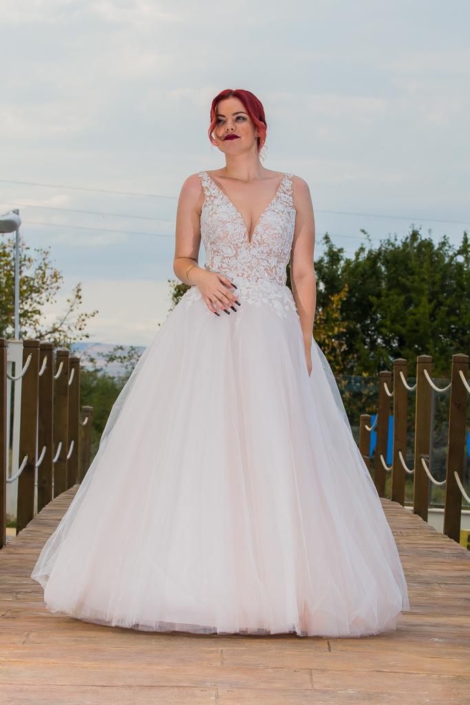рокля Кристина лице