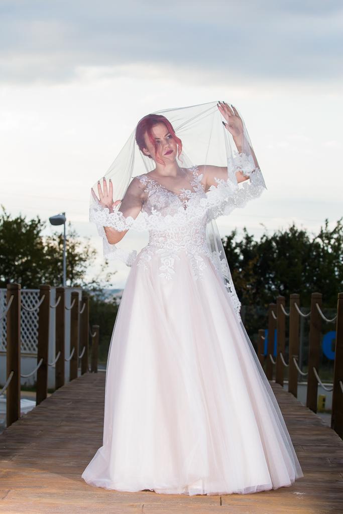 Венера сватбена рокля
