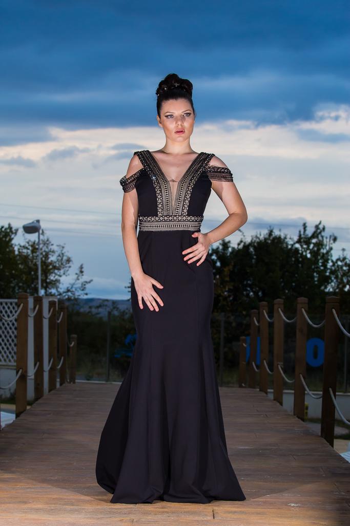 рокля Каролина