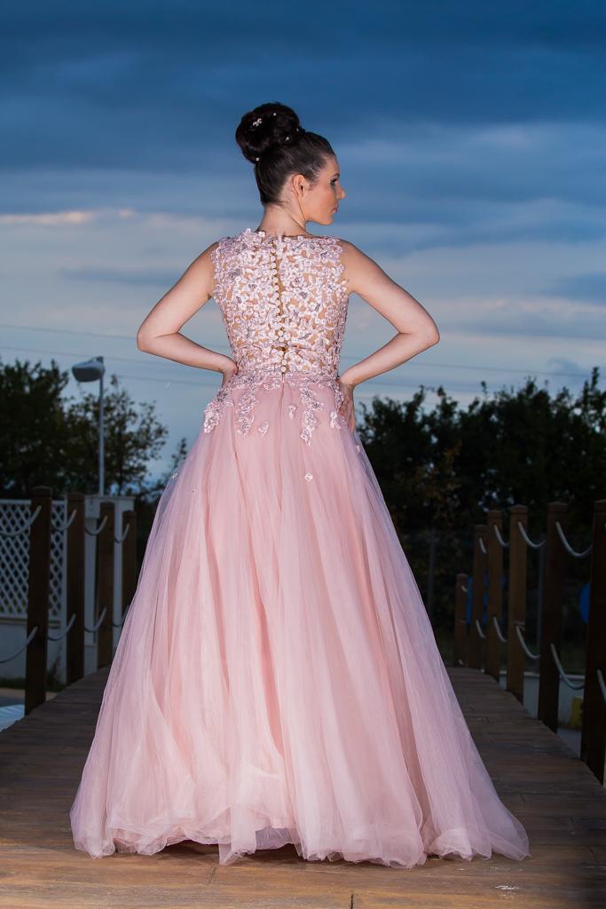 рокля Памела гръб