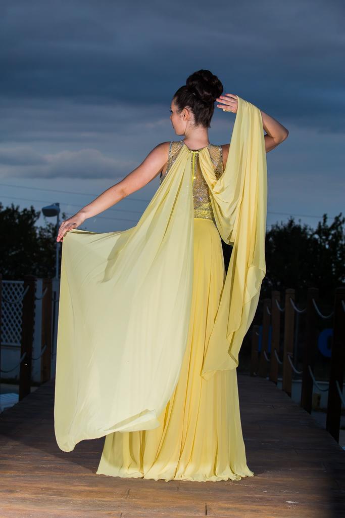 рокля Косара гръб