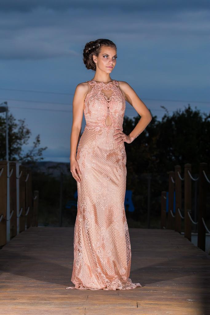 рокля Лариса лице