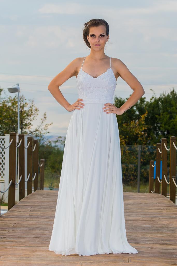 Вяра сватбена рокля лице