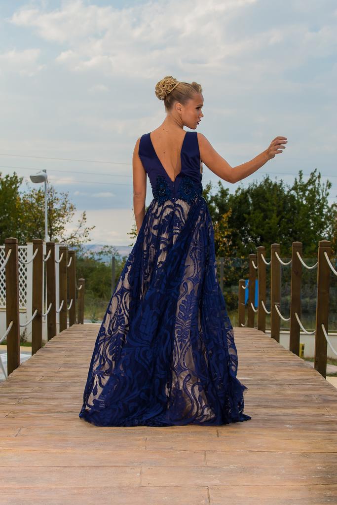 рокля Гарсия гръб