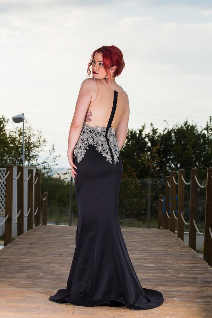 рокля Мадлен гръб
