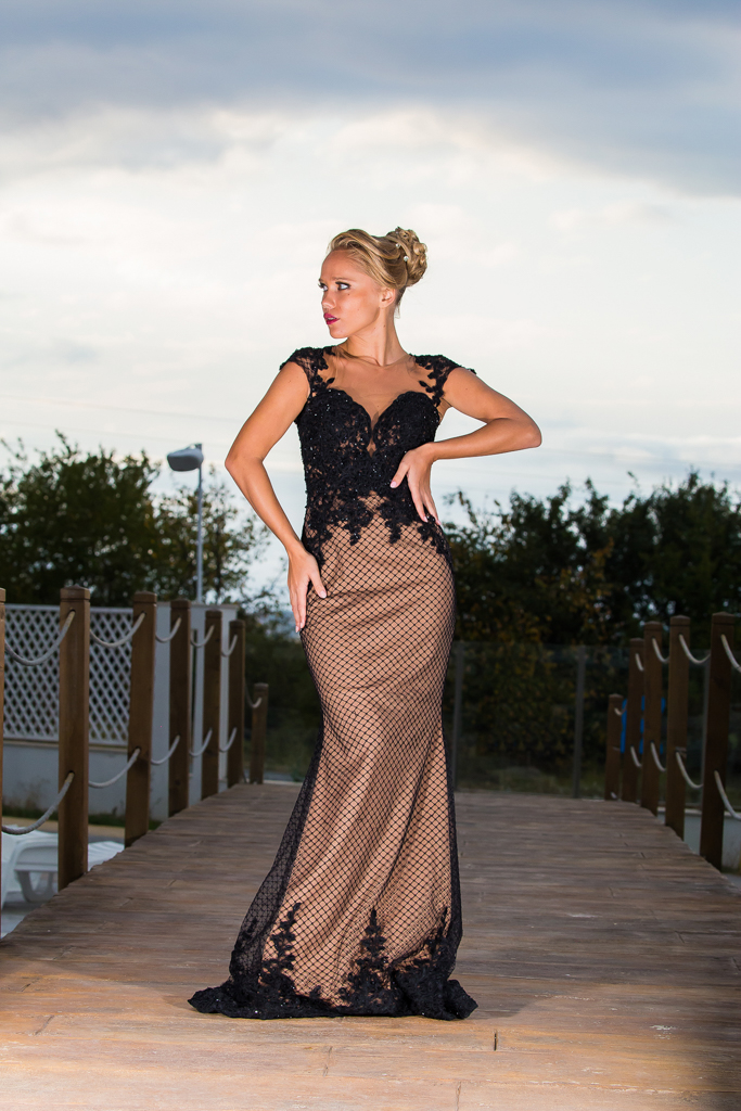 рокля Радинела гръб