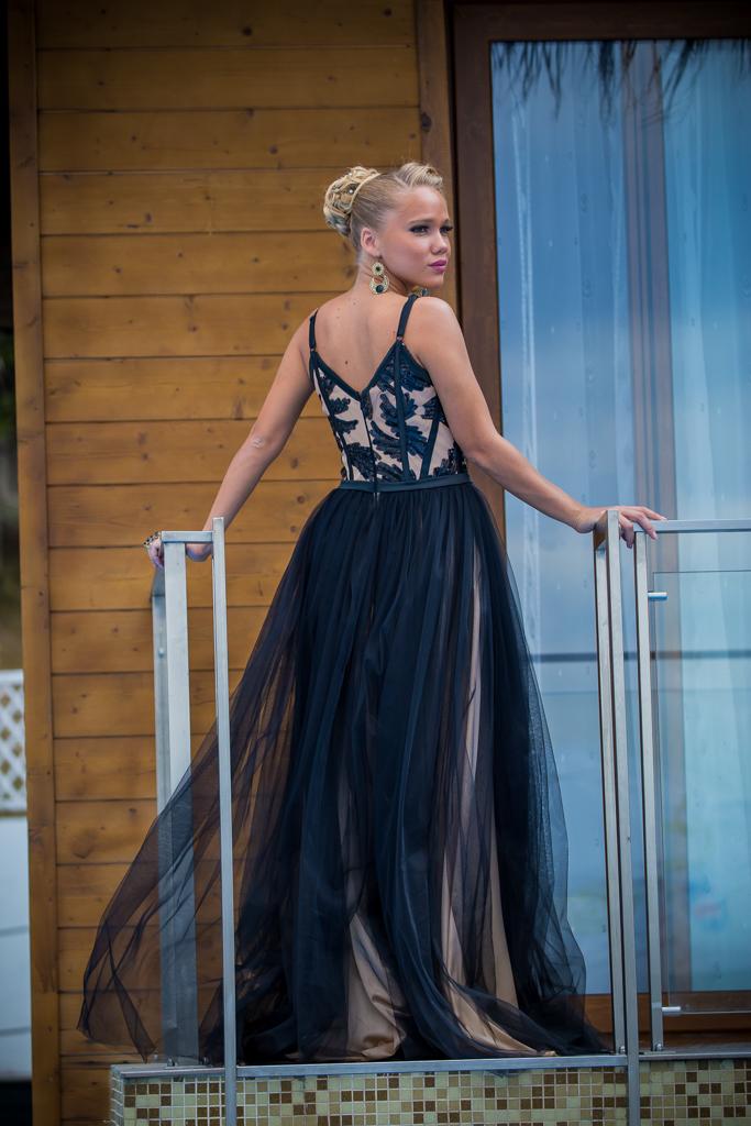 рокля Елис гръб