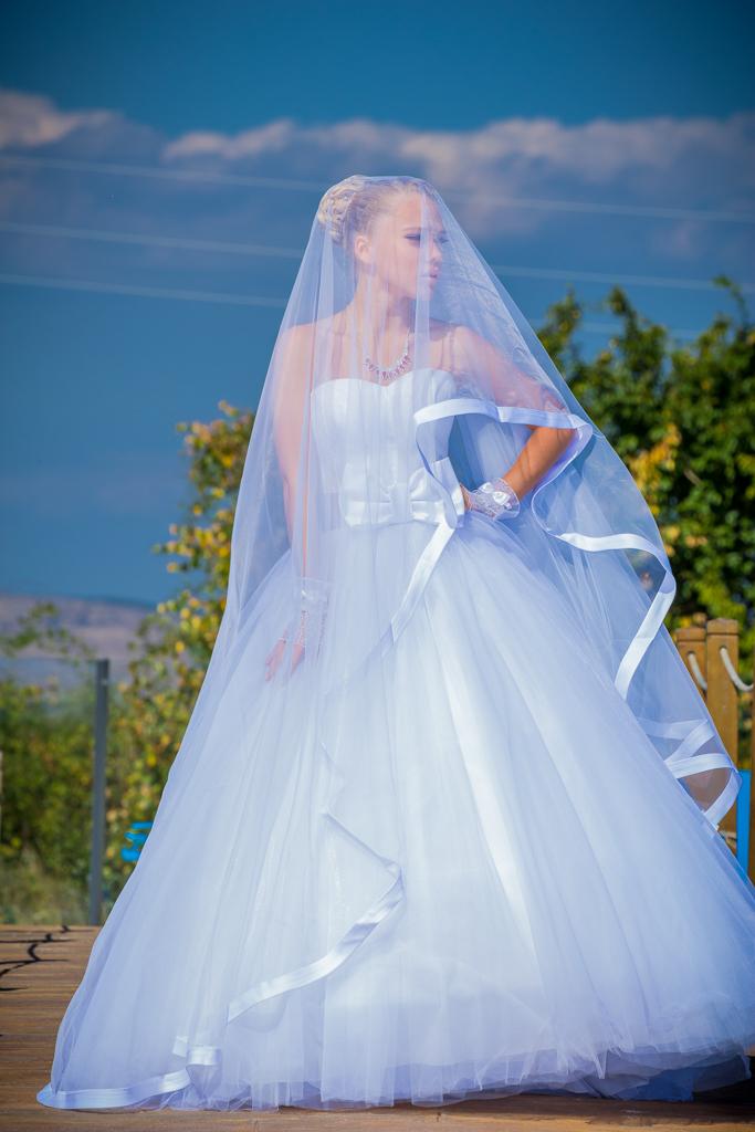 Булченска рокля АЯ бял воал