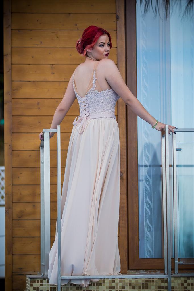 рокля Лилия гръб