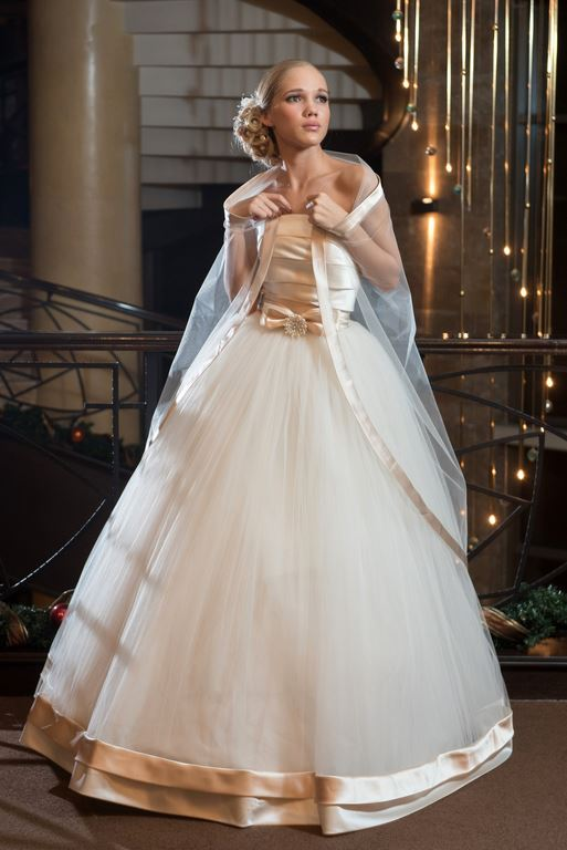 официална дълга булченска рокля BR_43.jpg